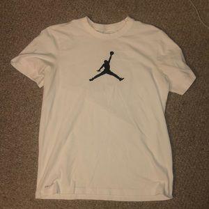 Jordan t shirt MEDIUM